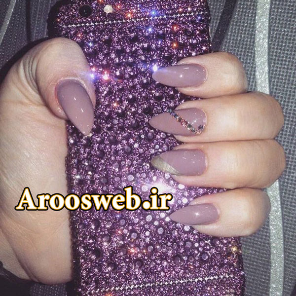 آرایشگاه زنانه در صادقیه 😍 #fashion #nailart #nailpolish #nails #nail #naildesign #naildesigns #nailstagram #manicure #pedicure #style #beautiful #shiny #swarovskinails #gelnails #gelpolish #trendy #beauty #ناخن #دیزاین_ناخن #آرایشگاه #مانیکور #پدیکور #ژلیش #مد